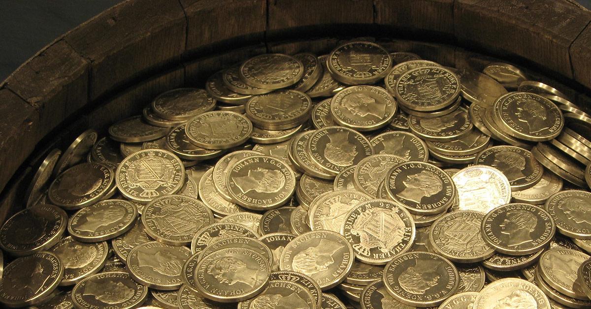 2000 Gold- und Silbermünzen im Burgund entdeckt