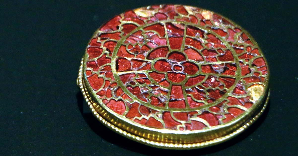Der Schmuck von Königin Arnegunde: prächtige Juwelen aus der Merowingerzeit